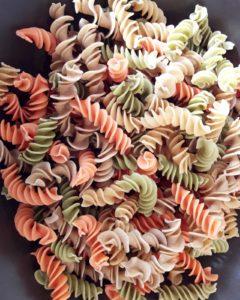 fusilli di legumi italiani ARX con verdurine fresche - le chicche bio ecostube - ricette in casa - AlpiBio